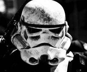stormtrooper-helmet-replica