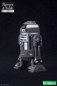 Barnes & Noble Exclusive R2-Q2 Statue