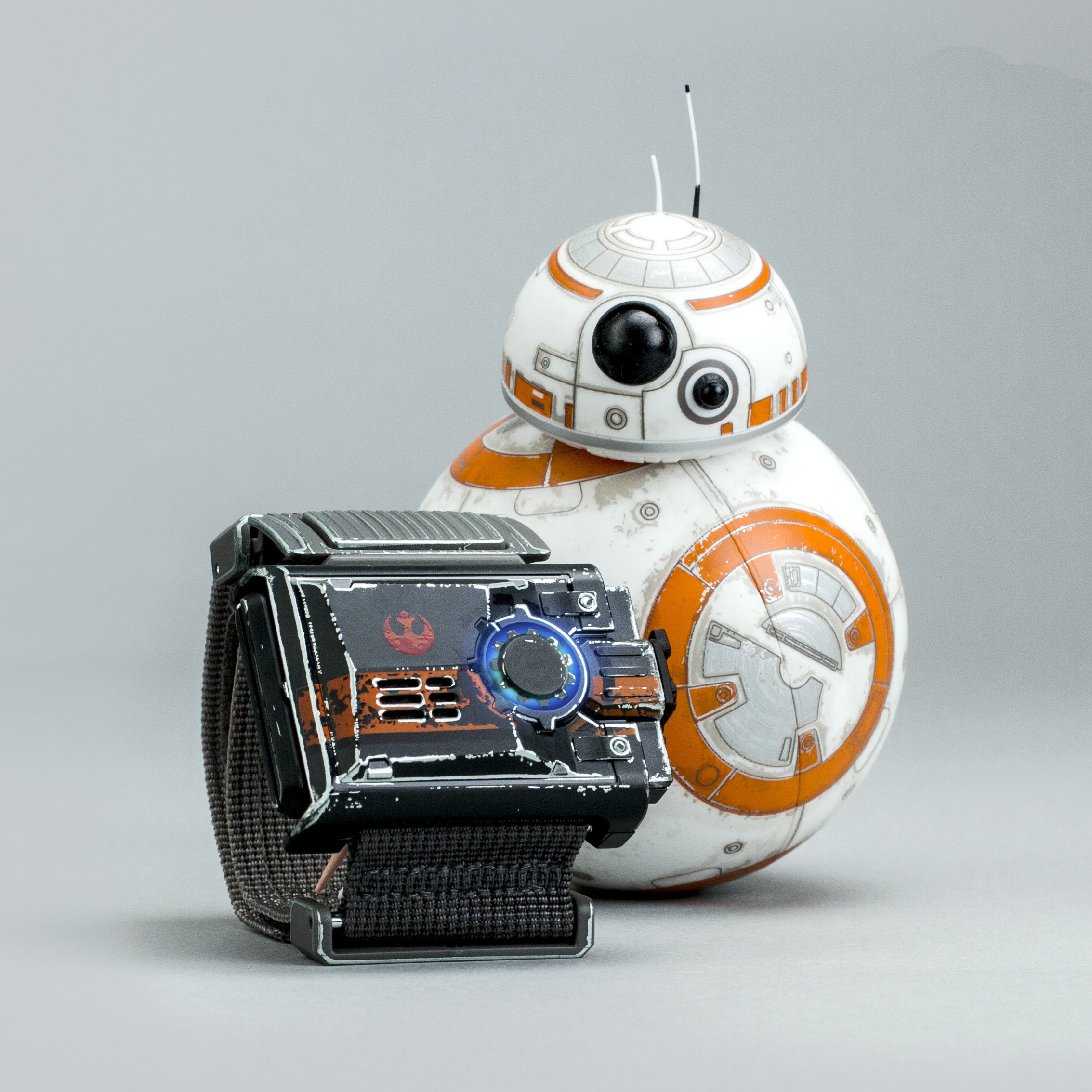 Sphero Battle-Worn BB-8 and Force Band Bundle
