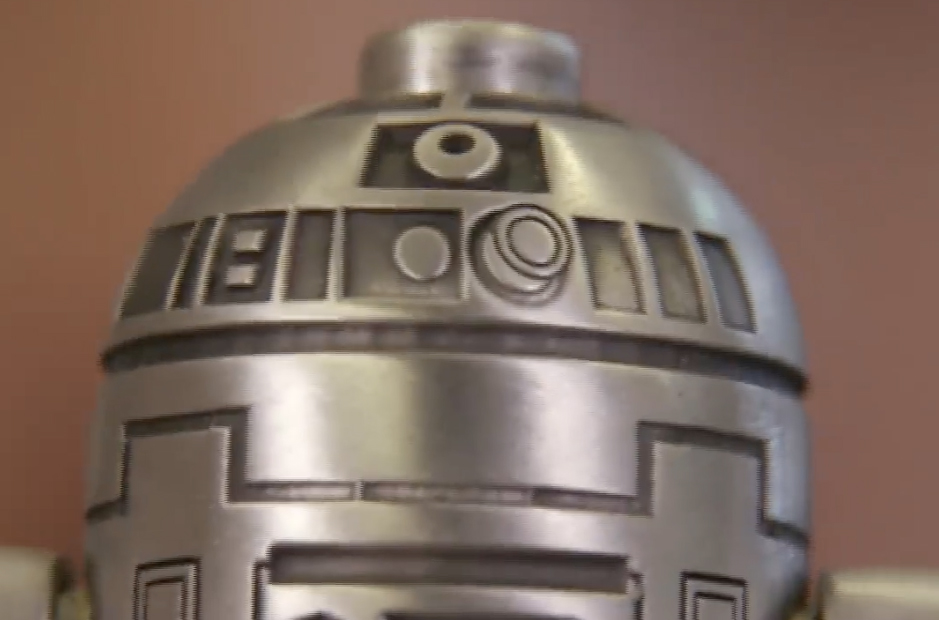 Platinum R2-D2 Mini-Figure