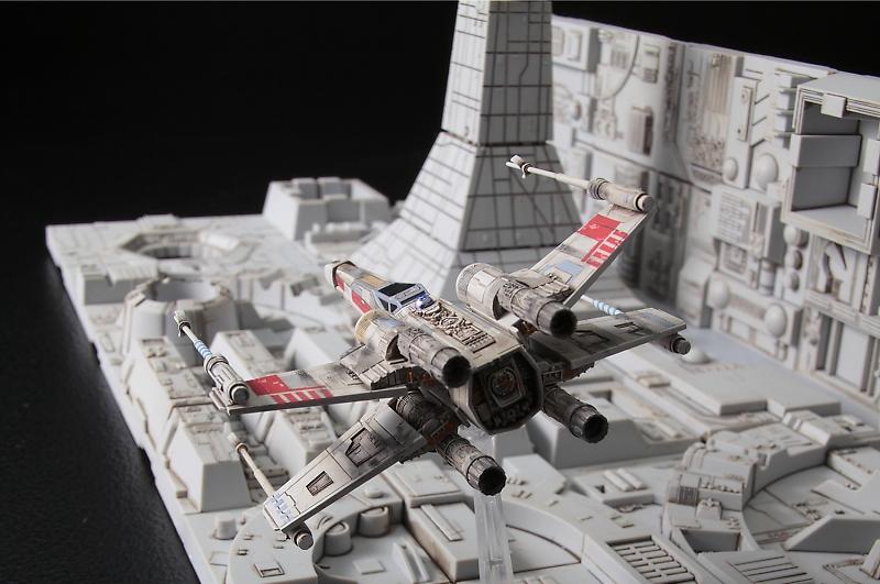 Bandai Hobby Star Wars 1/144 Death Star Attack Model Kit